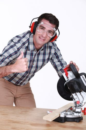 miter saw safety tips
